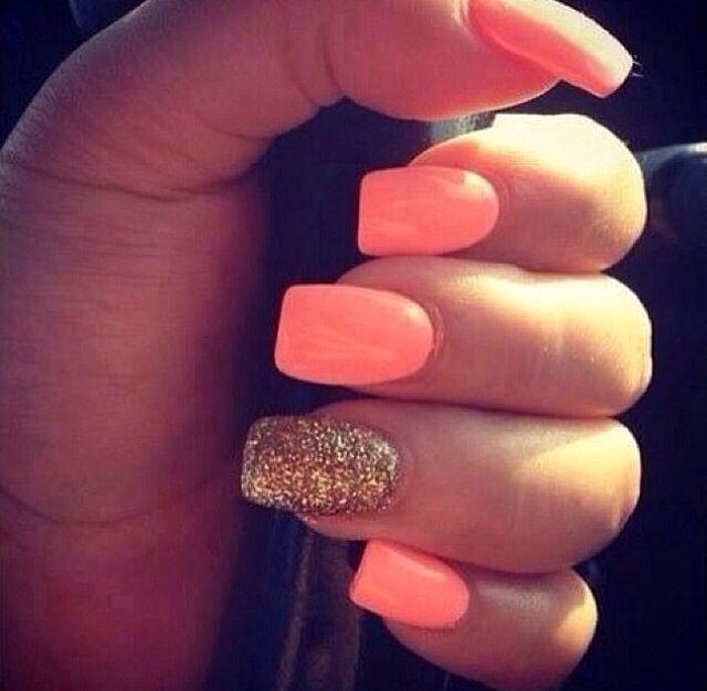Melon and gold | Peach/Melon Nails | Pinterest