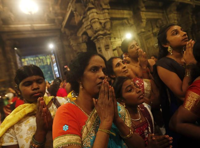 Hindus to be world's 3rd largest population by 2050: Report : Americas, News - India Today