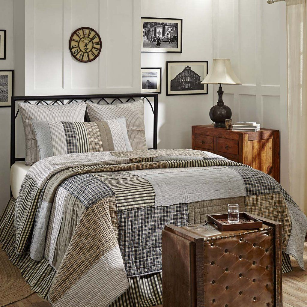 Ashmont Quilt Quilt bedding, Luxury quilts, Farmhouse