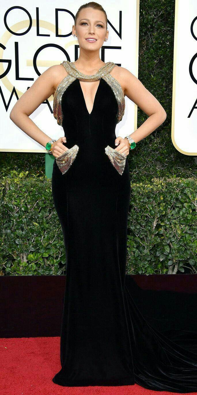 Blake Lively in Atelier Versace custom black velvet gown with ...