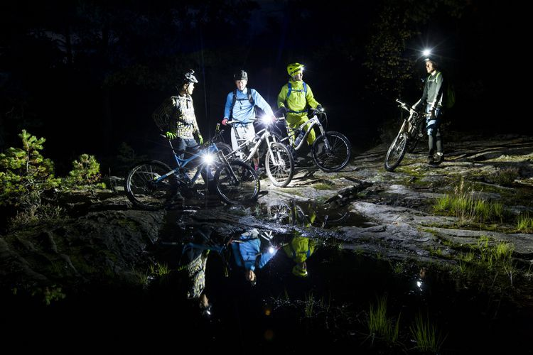 The 8 Best Bike Lights Of 2020 With Images Bike Lights Cool