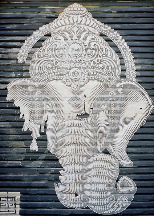 Modern Indian Street Art, Ganesh is re-interpreted beautifully for the modern world.