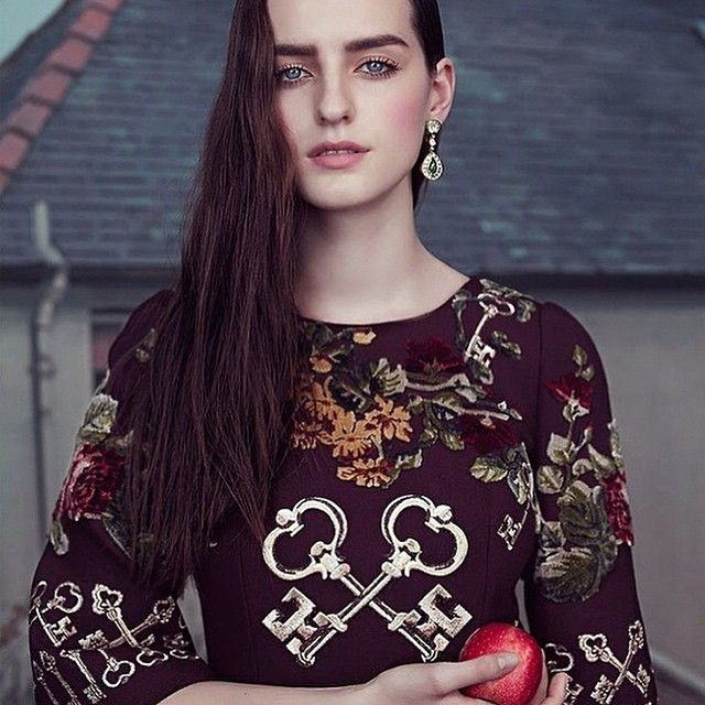 #StefanoGabbana Stefano Gabbana: Grab a Bite: @GeorgiaKTaylor in @dolcegabbana for @theststyle October #DGwomen #DGeditorials #GeorgiaTaylor ❤️❤️❤️#italyintheworld