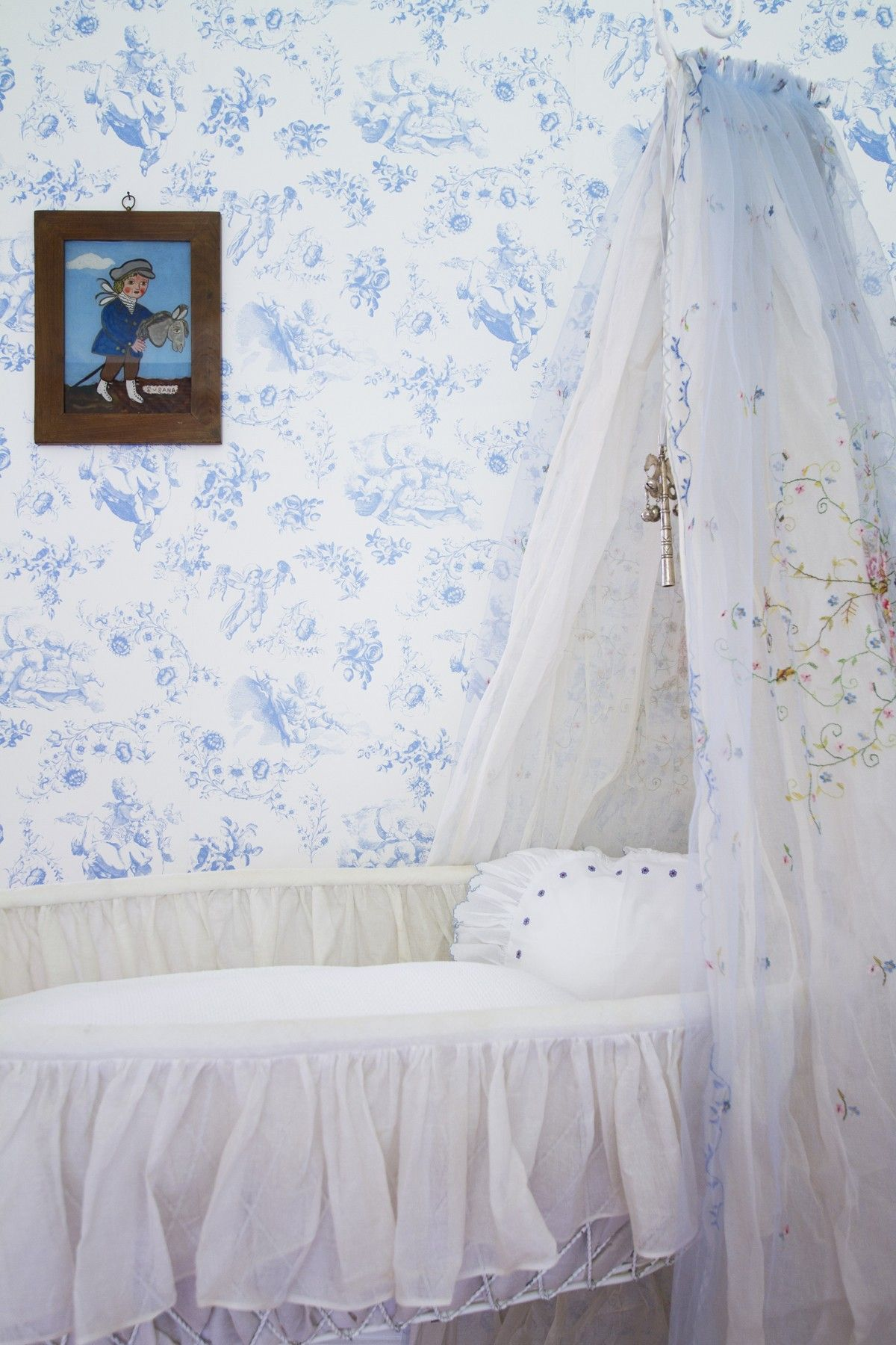 Jouy turquoise wallpaper Turquoise wallpaper, Room
