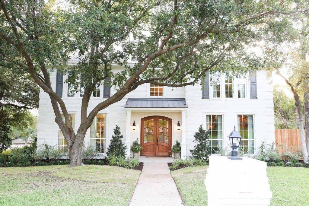 Fixer Upper White Brick Houses House Exterior House