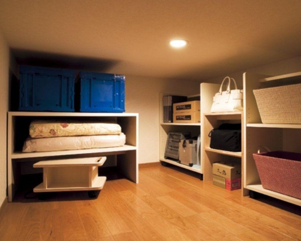 どこに収納する 皆が気になる屋根裏収納の方法について 屋根裏