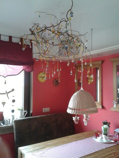 osterdeko korkenzieherweide mit holzeiern delphine pinterest korkenzieherweide osterdeko. Black Bedroom Furniture Sets. Home Design Ideas