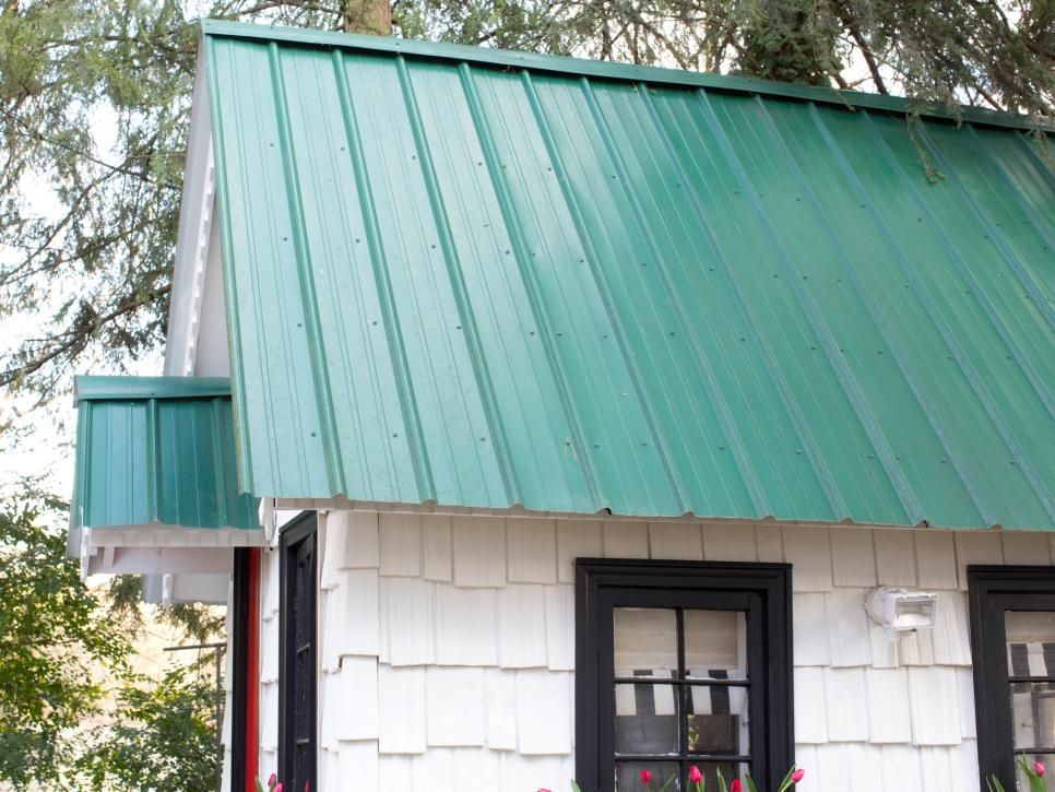 Green Tin Playhouse Roof Green Roof House Play Houses Green Roof