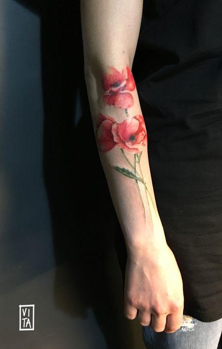 ➜ instagram: gilbertavita ---  Tattoo, watercolor, watercolorstattoo, puro tattoo studio, flowers, tattoo for girls