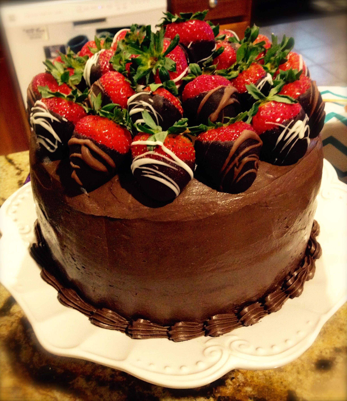 выращивания оформление торта клубникой и шоколадом фото версия, которой