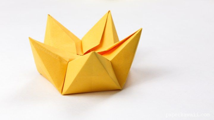 Origami star flower crown bowl tutorial flower crown tutorial here are the instructions to make a cool origami star bowl which also looks like a crown and a flower this origami model can be closed and opened mightylinksfo