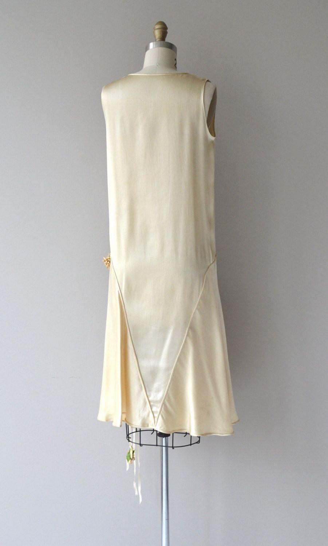 Antique s cream silk wedding dress with detail seamed skirt