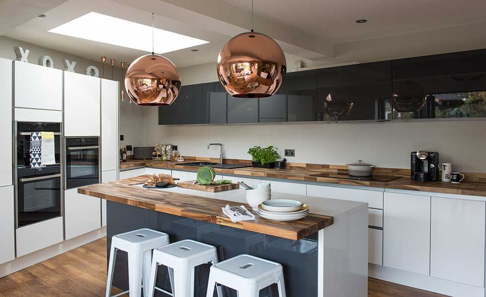 Emma And Ian Fisher Converted Their Garage To Create A Modern Kitchen Diner Https T Co D Garage Conversion To Family Room Modern Kitchen Diner Kitchen Design
