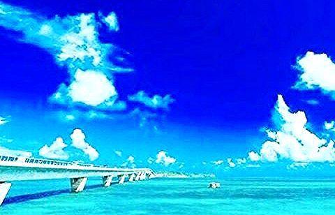 海外行きた〜〜い✈️✈️😊😊 . . 【夢は逃げない。逃げるのはいつも自分だ】  眩しいほどいつもキラキラしている  夢はいつも先にある  決して後ろにはない  掴むのも自分、諦めるのも自分  全て自分次第だ!! . ⭐️夢を叶える新しい手段⭐️ 知識や経験なくてもできます👍 無料で情報提供中💡😊 一緒に夢を叶えませんか✨ 公式LINE@からご案内しています  LINE@➡︎『@vdb2008h』👈 . #楽しい#食べ歩き#介護士#看護師#保育士#歯科衛生士#仕事#お洒落#双子#ファション#旅行#海外#家族#子供#幸せ#キャバ嬢#BBQ#肉#寿司#ランチ#ラーメン#仲間#居酒屋#ハシゴ#焼き鳥#温泉#刺身#認定講師#猫#犬