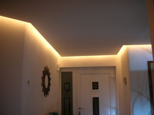 Photos de faux plafond avec lumi re indirecte les for Eclairage led interieur plafond