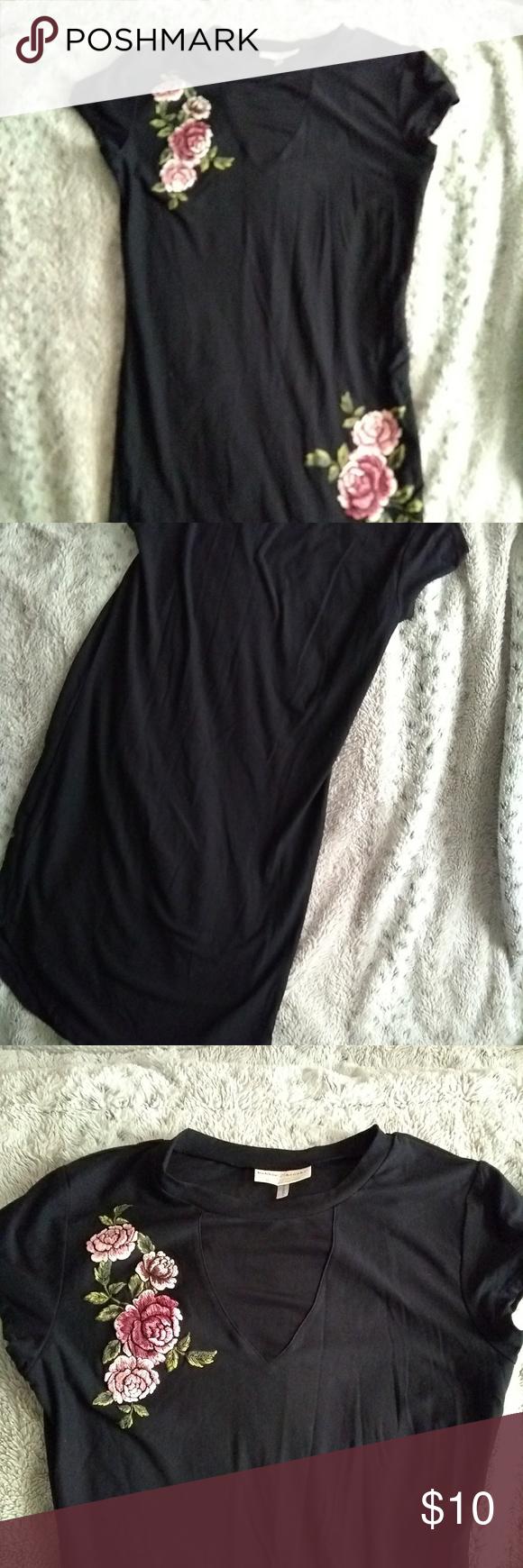 Black With Roses Dress Clothes Design Dresses Fashion Design [ 1740 x 580 Pixel ]
