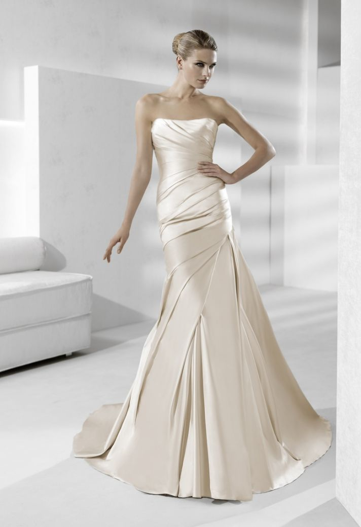 Sleek strapless silk wedding dress in champagne | Products I Love ...