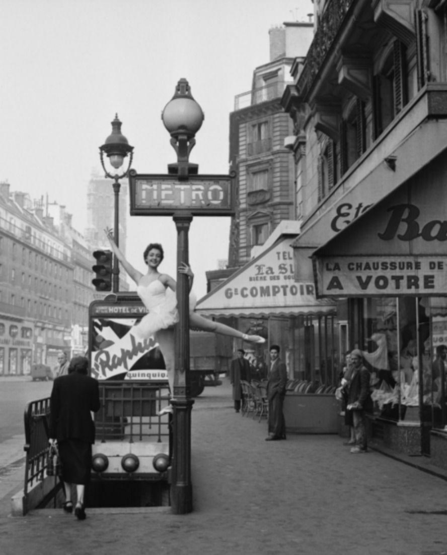 Gueule De Loupviolette Paris 1950s Avec Images Vieux