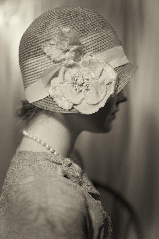 sélectionner pour plus récent chaussures décontractées classique chapeau cloche années 20 | Like Fitzgerald | Chapeau cloche ...