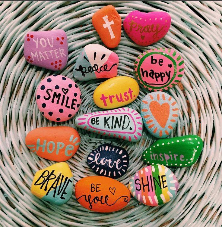 10 Inspiring Painted Rocks For Spreading Kindness Rock Crafts Crafts Painted Rocks Diy