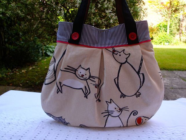Cotton Handbag - cat - mouse - slip pocket - magnetic clasp. £20.00