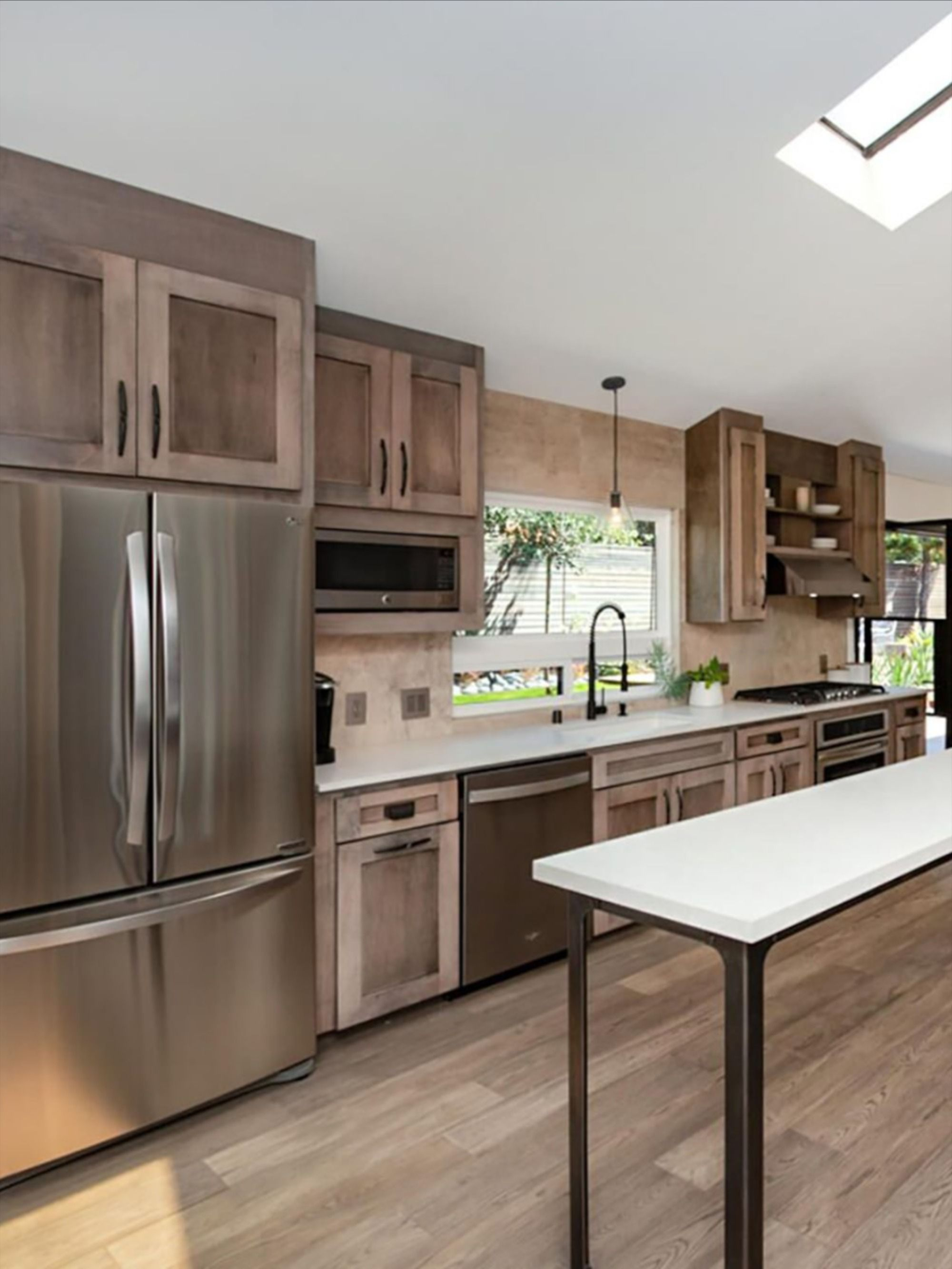 Distinctive Interiors The Perfect Accent To Any Home Birch Kitchen Cabinets Solid Wood Kitchen Cabinets Birch Cabinets