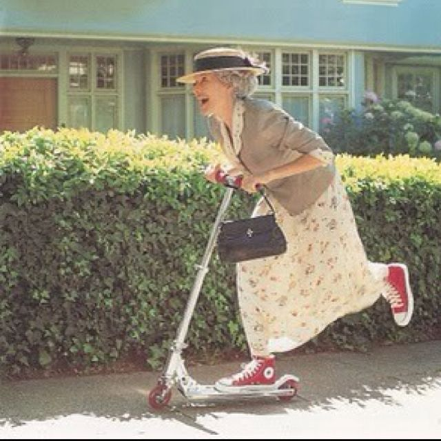 I ADORE that batty old lady. I'm gonna BE that batty old lady one day :) I am that old lady....lol, lol........