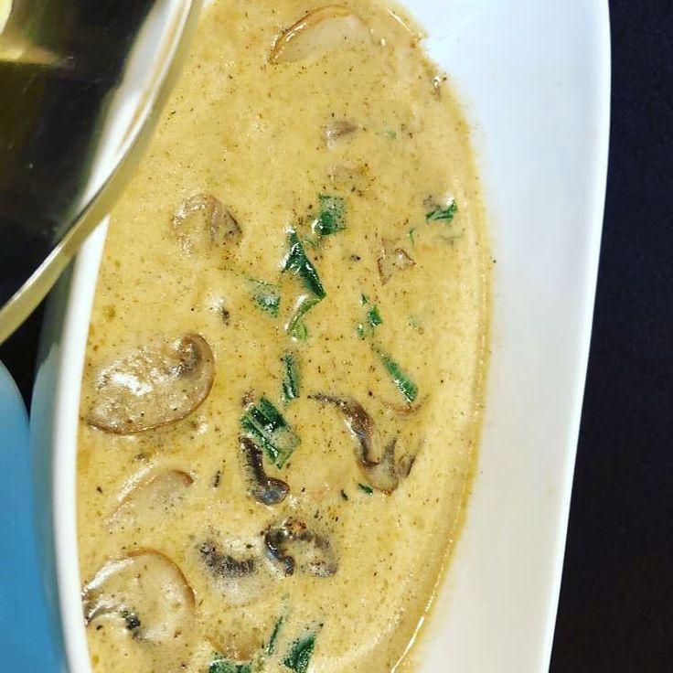 #Nudeln # Fleisch #Suppe #Mittagessen #Fitness #Mahlzeit    lecker