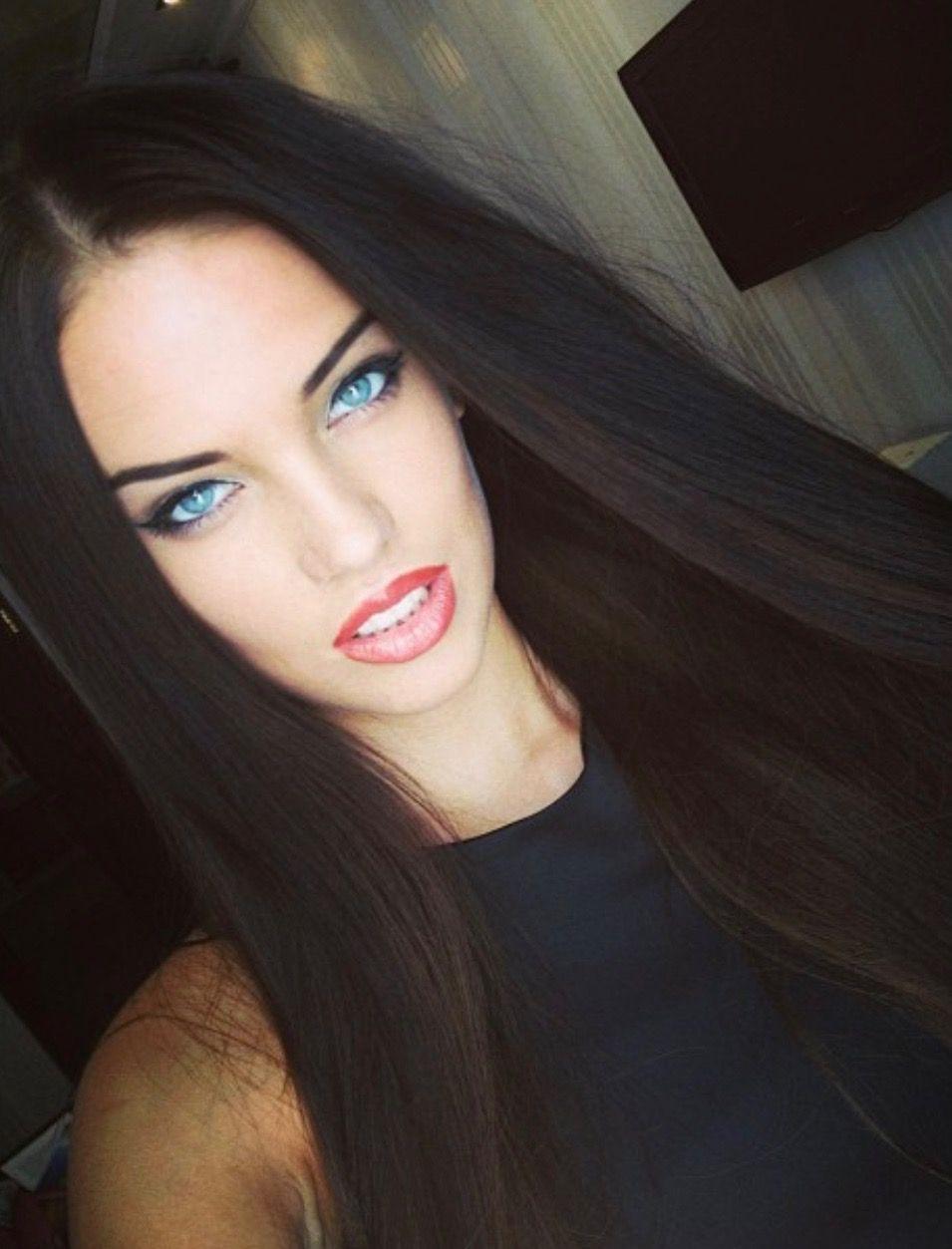 Dasha Dereviankina Beautiful Hair Black Hair Blue Eyes Beauty