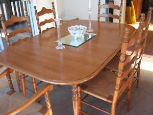 Roxton Solid Maple Oval Dining Room Table Chairs Dartmouth Halifax Image 1