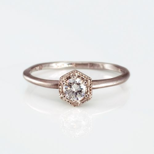 How to Make Your Engagement Ring Look Bigger Yes Really