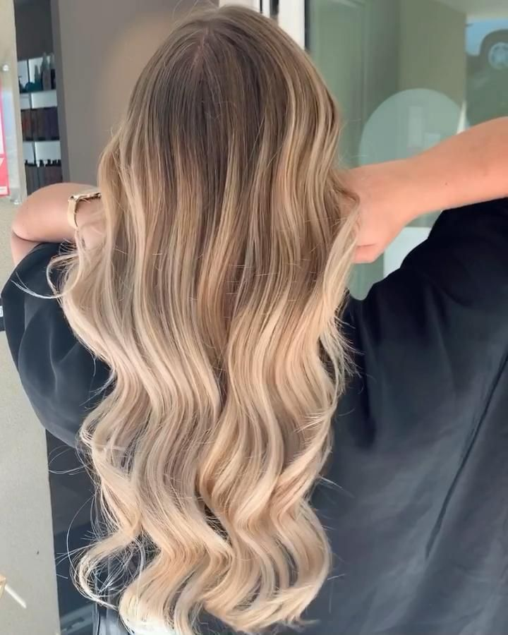 Balayage Natural Blondie