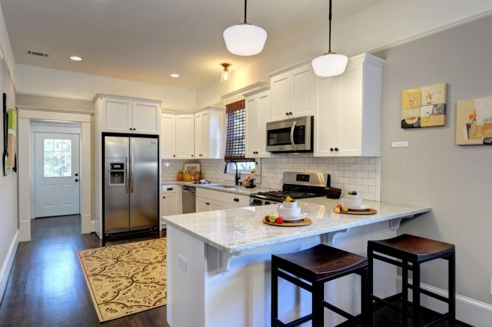 white-modern-g-shaped-kitchen-layout-idea | for the home