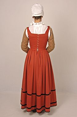 English kirtle w separate sleeves c 1560 | sca in 2019