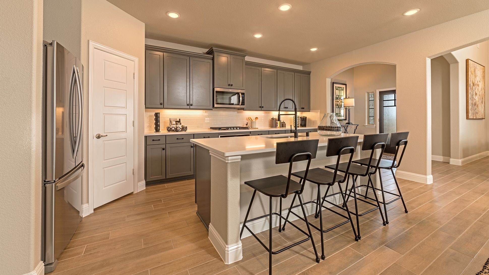 7416 Crosstimbers Drive 05 Jpg In 2020 Beautiful Kitchens Wood Floors Plus Energy Efficient Homes