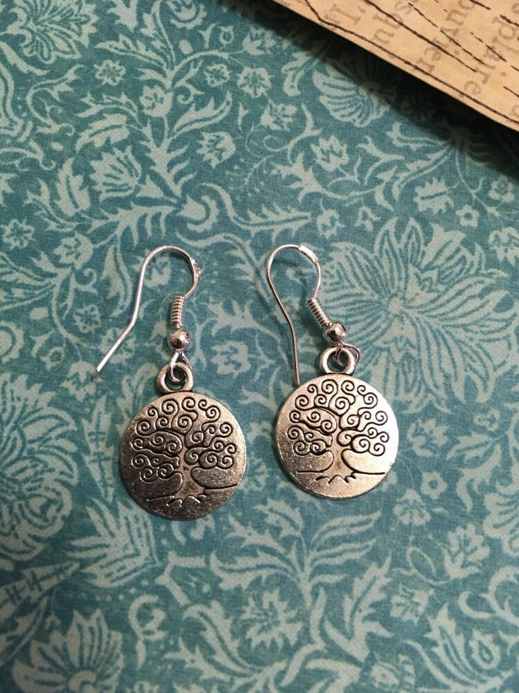 NEW. A PAIR OF TIBETAN SILVER TREE OF LIFE TURQUOISE BEAD  CLIP ON EARRINGS