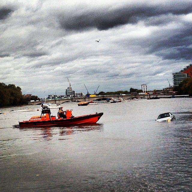 #putneyunderwater #banksflooded #london