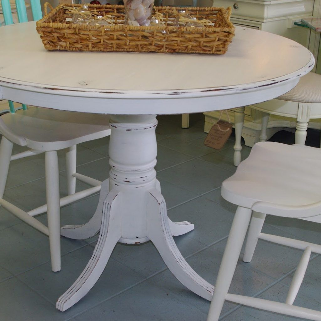 Distressed White Kitchen Table And Chairs Distressed Kitchen