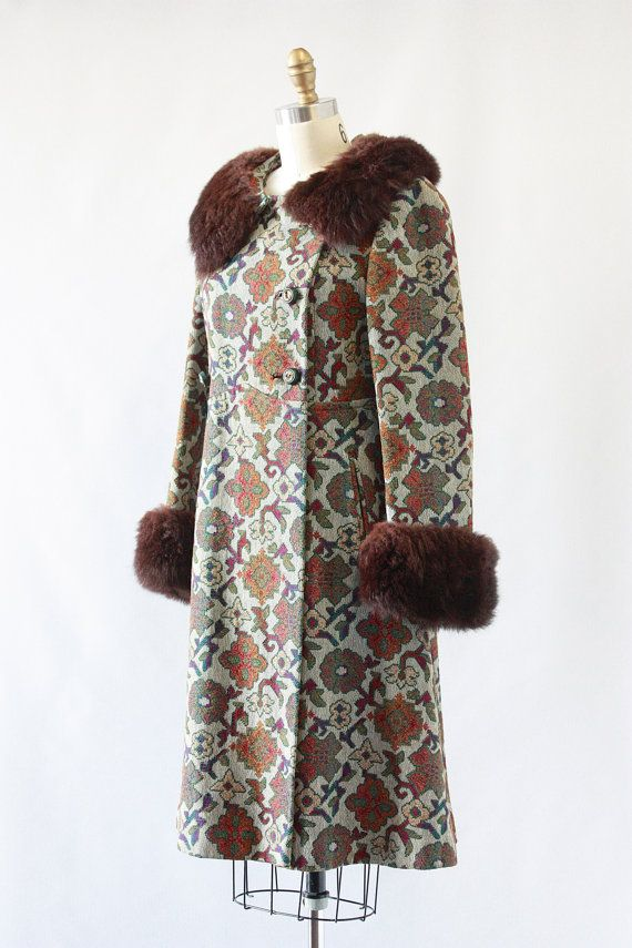 The Big Chill Vintage 60 S Tapestry Carpet Coat By Lovestreetsf Vintage Boho Outfit Vintage Outfits Fashion