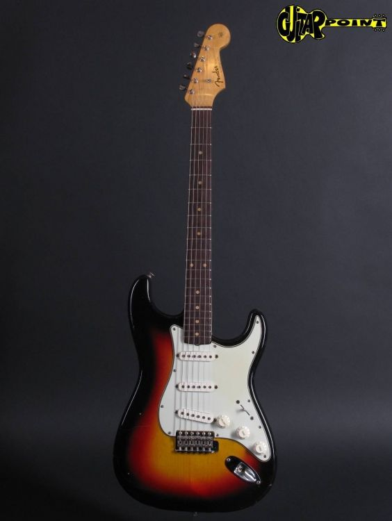 Fender63StratSB_L07023