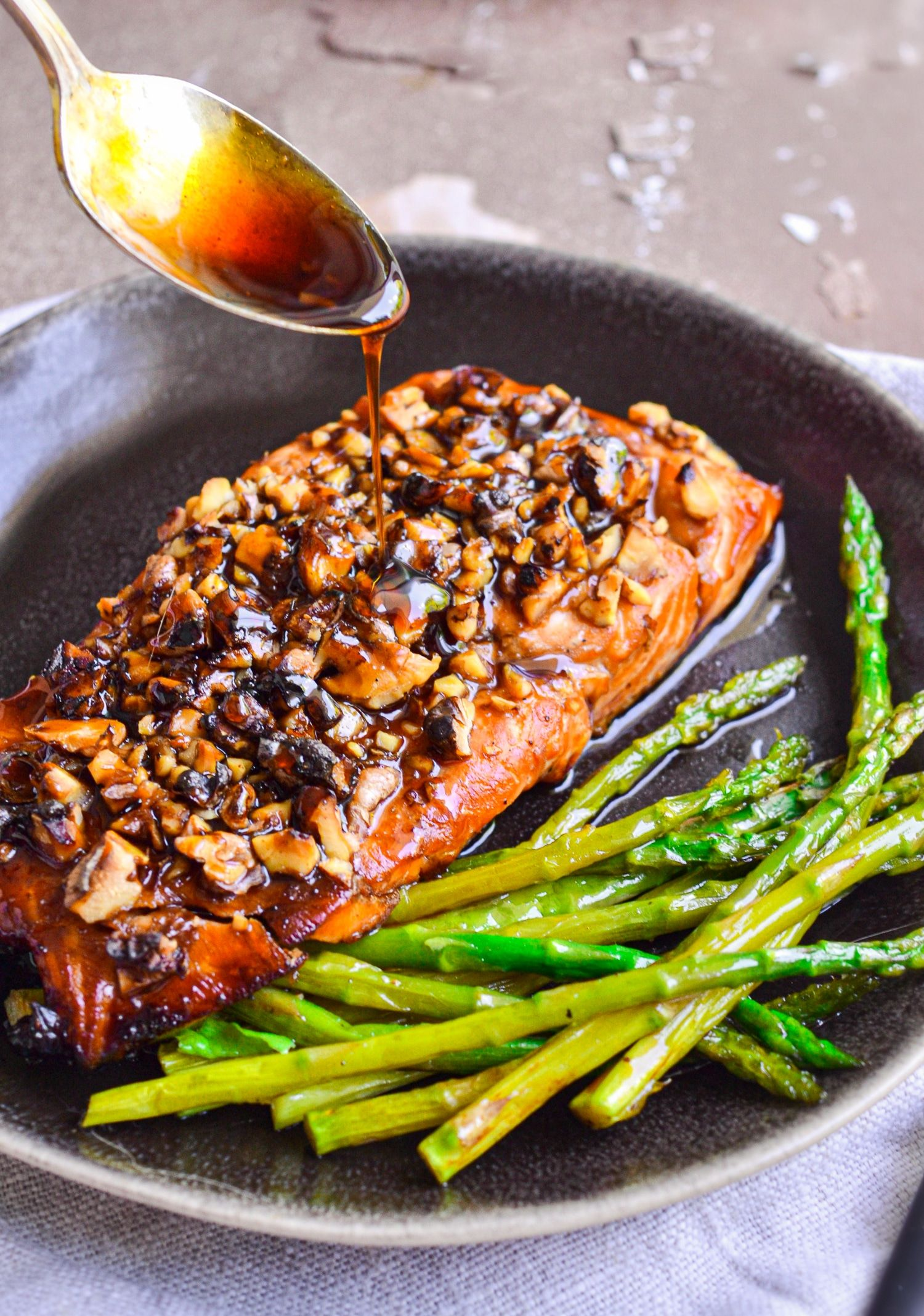 Bourbon Brown Sugar Salmon Recipe - The Cookie Rookie® (VIDEO!)