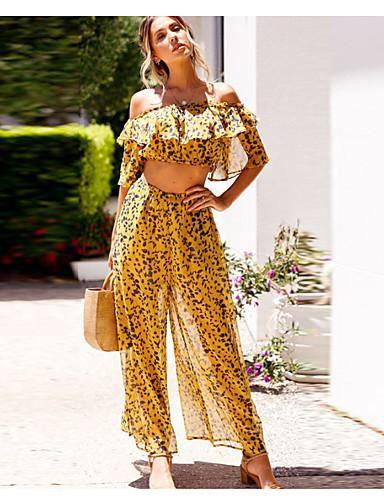 #leopard #2019fashiontrends  #womensfashion #boho #bohostyle #bohemian #bohemianstyle #bohofashion #yellow #gold #bohostyle #cruiseoutfits #dresses #womensoutfits