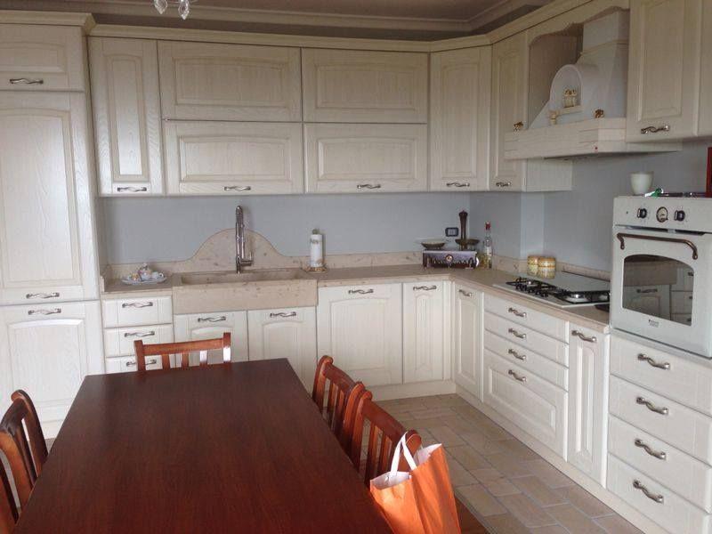 Top cucina in pietra di Apricena | Spazio cucine | Cucine e ...