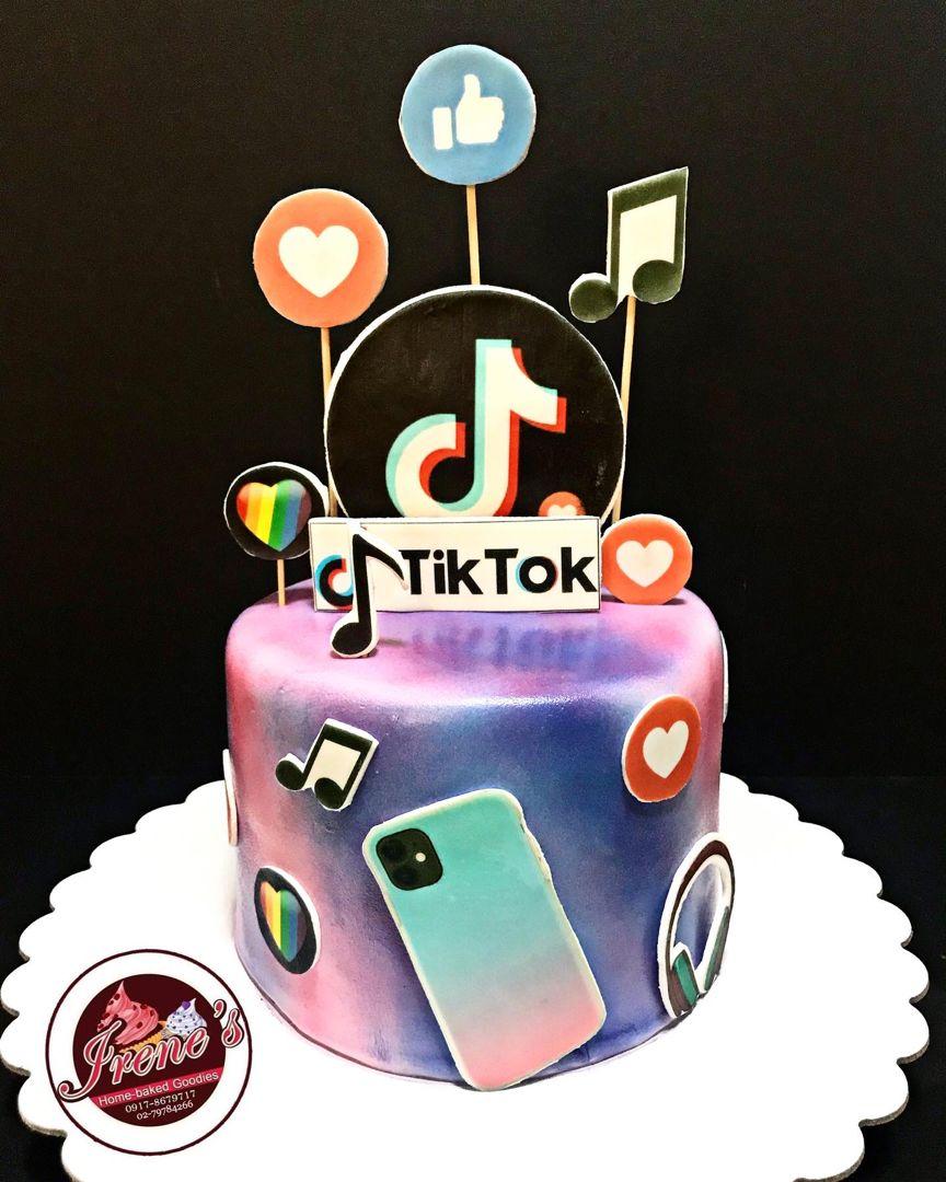 Tiktok Themed Cake 14th Birthday Cakes Candy Birthday Cakes Cool Birthday Cakes