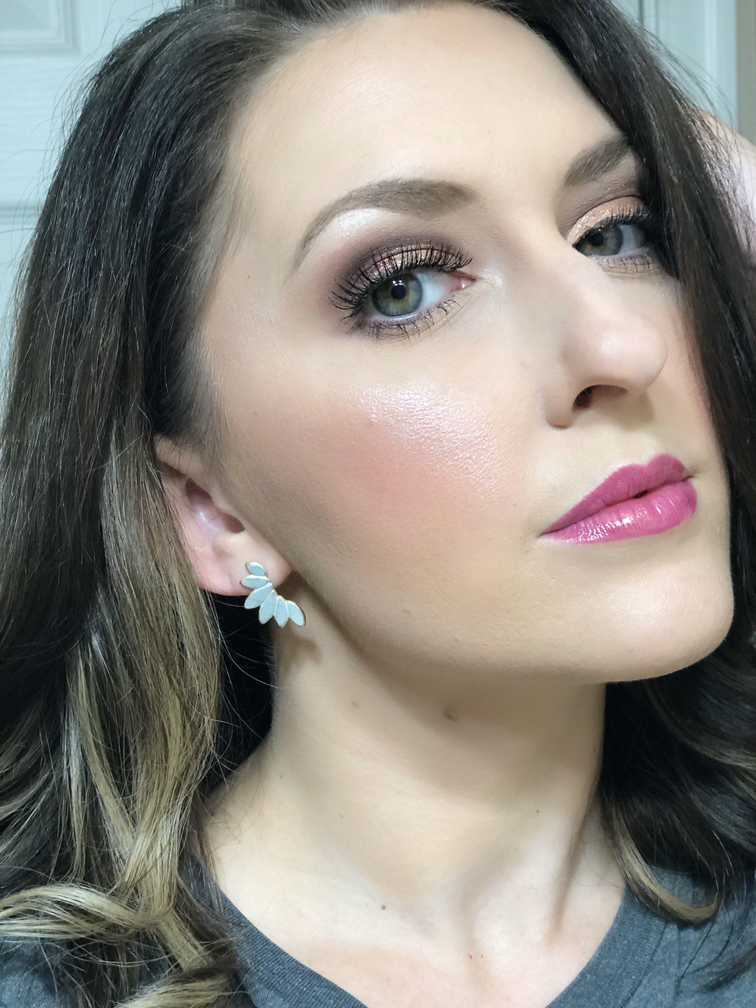 Flirty Everyday Makeup Look Everyday makeup, Makeup