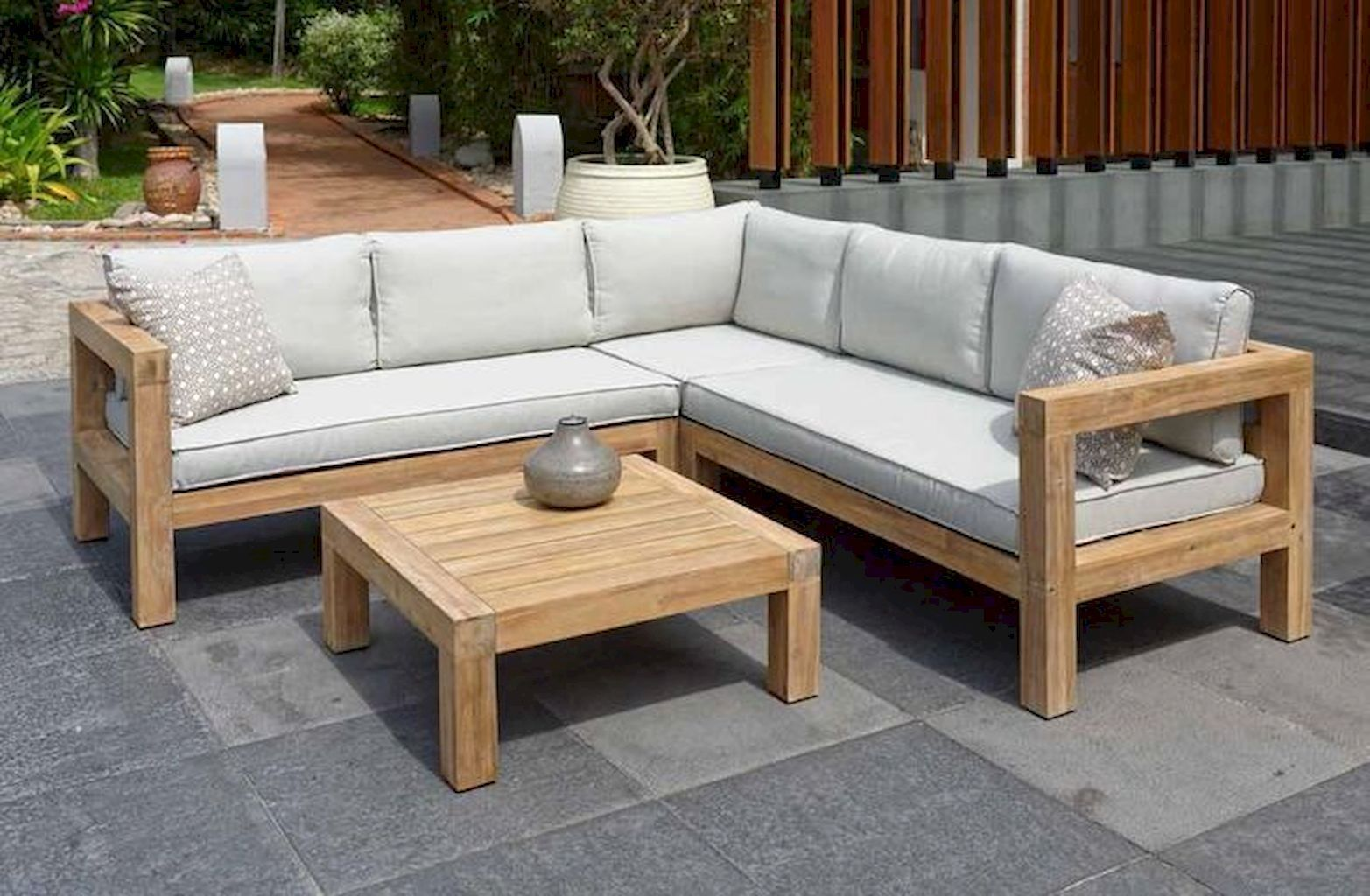 Do And Don T You Must Know To Buy Garden Furniture Online In 2020