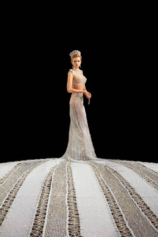 Gail Be Designs - Fantasy: The World's Largest Beaded Wedding Dress