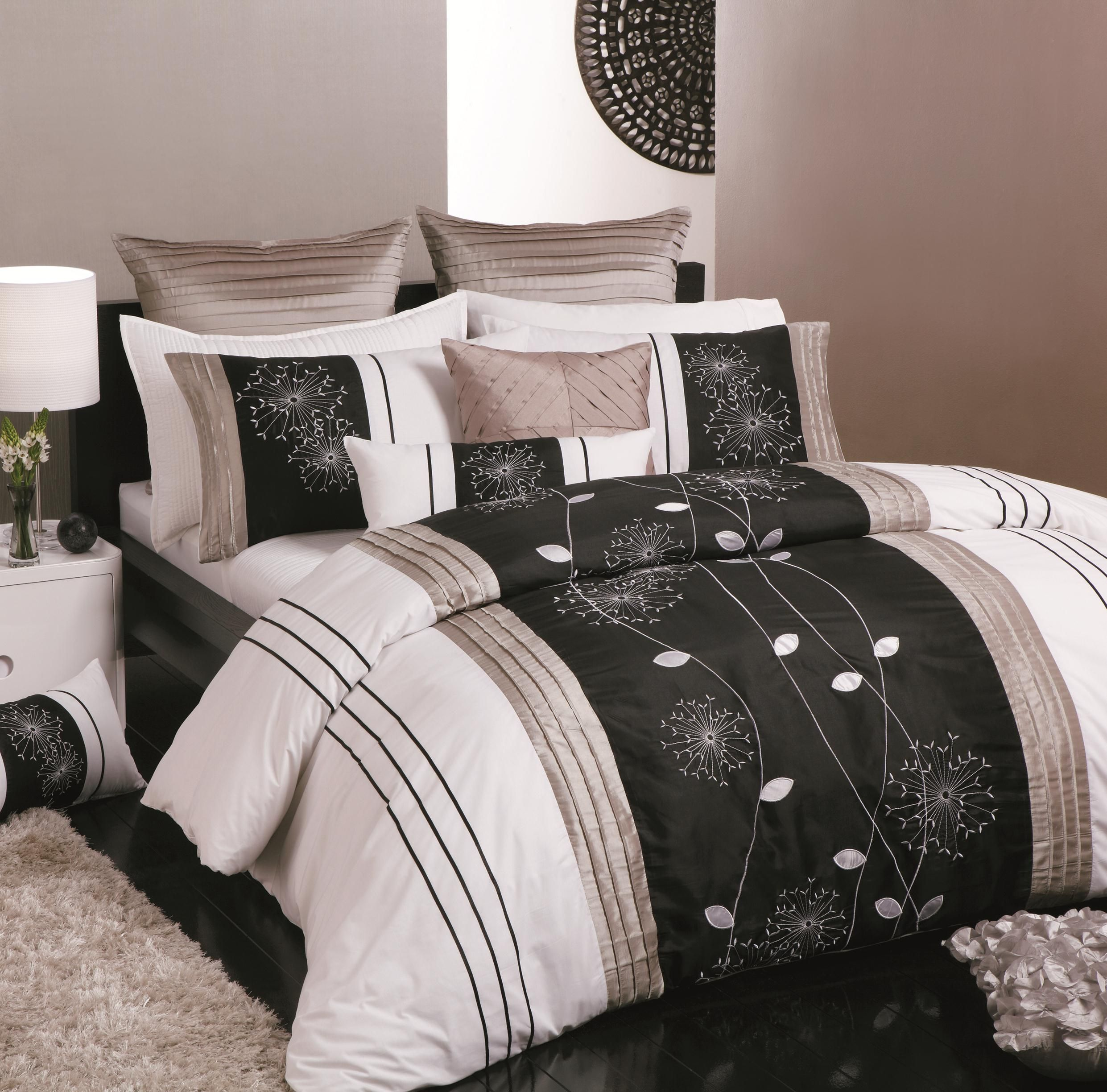 Logan and Mason Twilight Taupe Duvet Cover I love