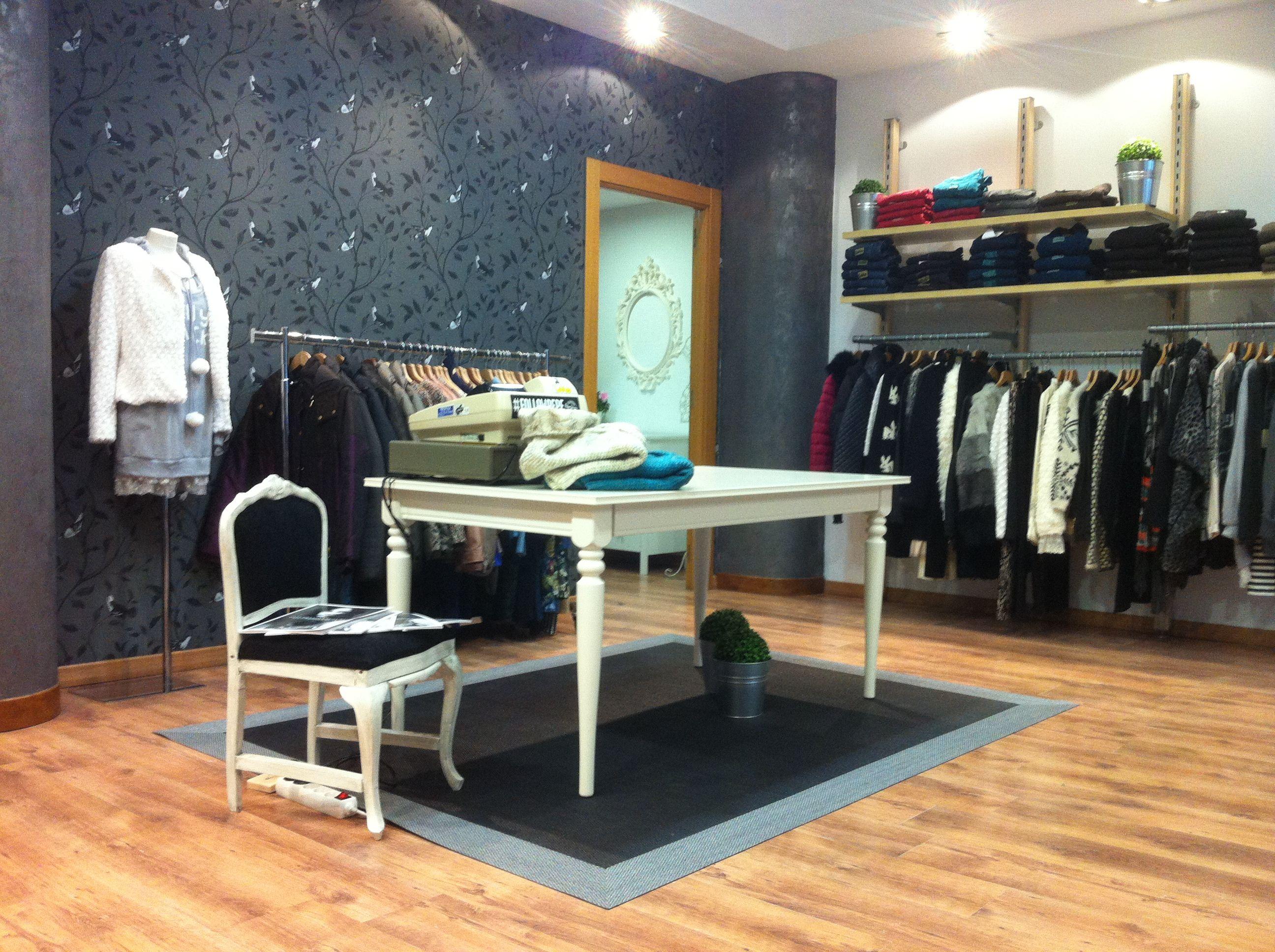 Proyecto de dise o de interior y reforma en tienda vintage for Disenos de interiores para boutique