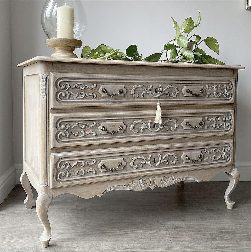 Pin by Anita Ingram on Painted Furniture Modern chest of